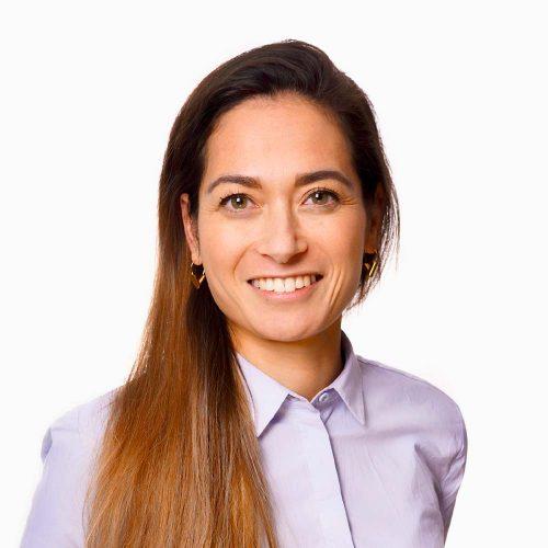 Ervaringsprofessional Regina Latuihamallo van Human Concern